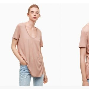 🌸🌸2/30$ Aritzia Valmere t-shirt